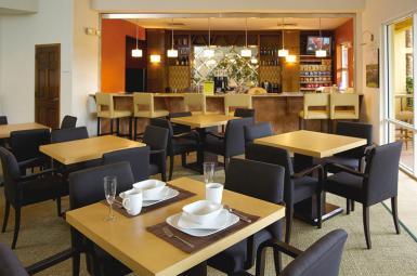 Resort_dining_area